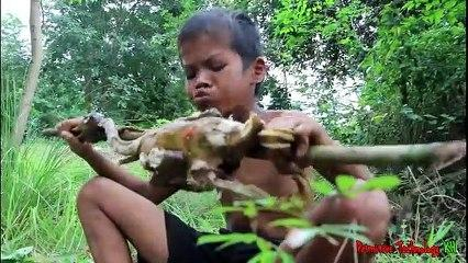 Primitive_Technology_-_Eating_delicious_-_Cooking_duck_on_a_rock,