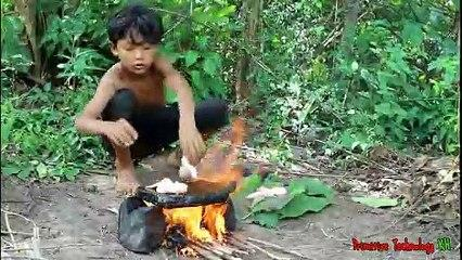 Primitive_Technology_-_Eating_delicious_-_Cooking_chicken_wing