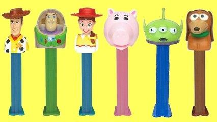 Disney Pixar Toy Story 4 Dispensadores de Golosinas Pez con Woody, Jessie y Buzz Lightyear